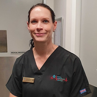 Assistant Nurse Manager Leanne McGrath, Animal Emergency Service Jindalee