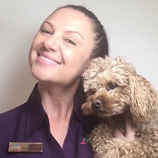Client Care Specialist Rita Wallis, Animal Emergency Service Tanawha